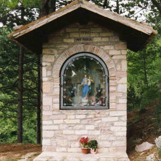 Giano dell'Umbria - Morcicchia, via Madonna del Rosario [GIA012]
