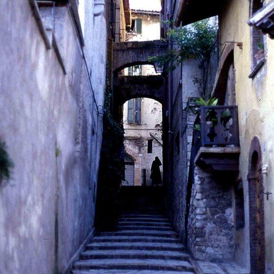 Spoleto - Spoleto, vicolo di Sant'Angelo [SPO248]