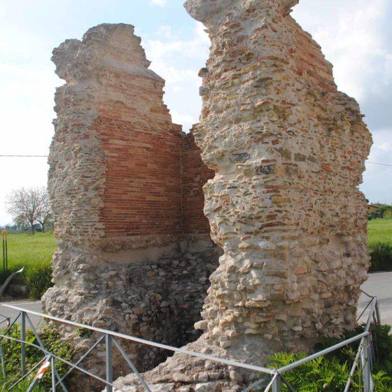 "Assisi, Castelnuovo, via Tomba romana, ""Il Torricone"""