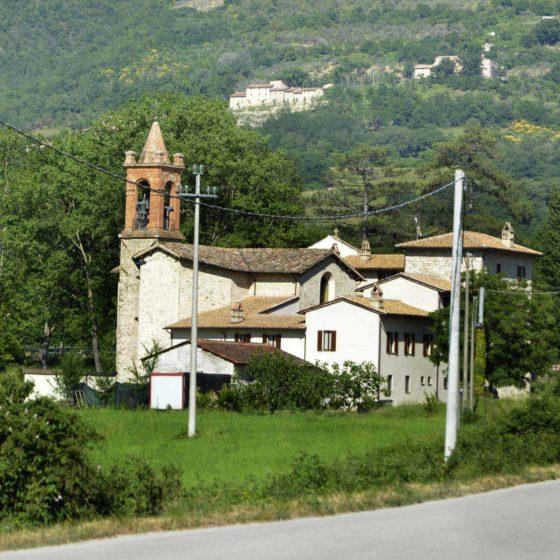 Foligno, Capodacqua, chiesa parrocchiale