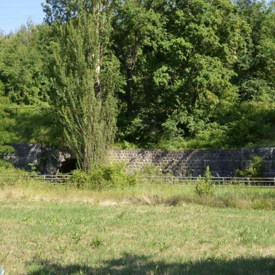 Foligno, Capodacqua, viadotto romano