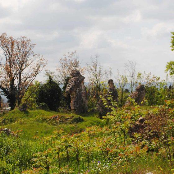 Spello, i resti dell'anfiteatro