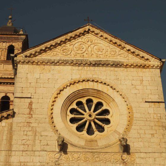 Trevi, Bovara, abbazia di San Pietro