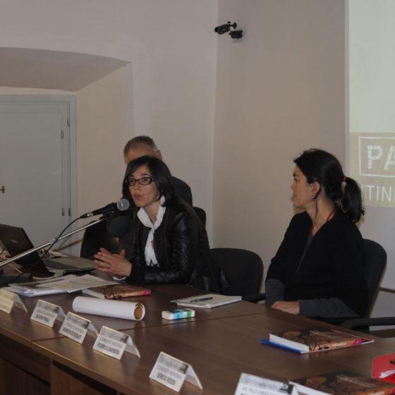 Presentazione di 'Patriarchi verdi. Itinerari in Valle Umbra' – palazzo Mauri, Spoleto, 12 marzo 2016 – le relatrici Federica Barbera (a destra) ed Elena Giovagnotti