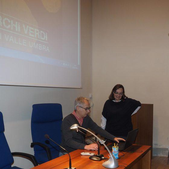 4 maggio 2016, presentazione del volume 'Patriarchi Verdi. Itinerari in Valle Umbra', Foligno, biblioteca Jacobilli (Danilo Rapastella e Lucia Bertoglio)
