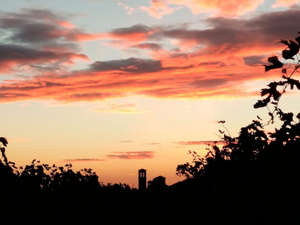 Cividale del Friuli, lo skyline al tramonto (ottobre 2016) - Foto di Giampaolo Filippucci e Tiziana Ravagli (Samsung A5)