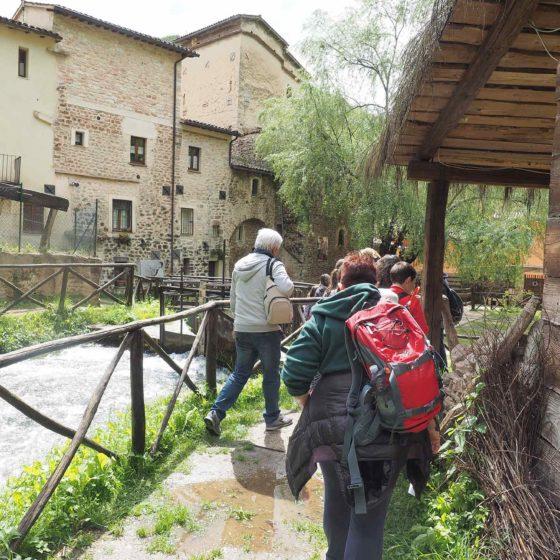 Didattica ambientale, in visita a Rasiglia con la IV A di Rivotorto di Assisi [foto di Giampaolo Filippucci & Tiziana Ravagli]