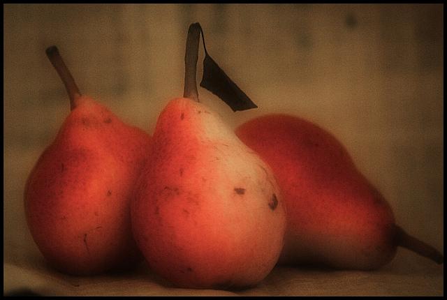 Frutta - Pere photo credit: massimo111 via photopin cc