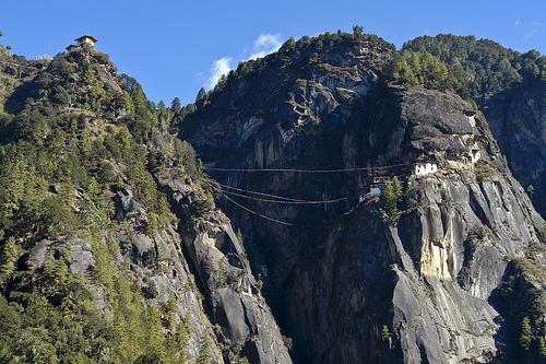 Una immagine dal Buthan [photo credit: Taktsang monastery via photopin (license)]