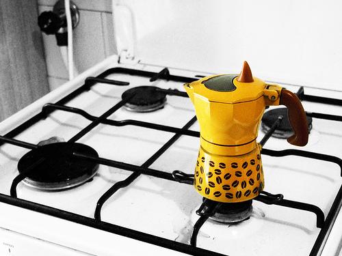 Moka - caffettiera [photo credit: Moving away via photopin (license)]