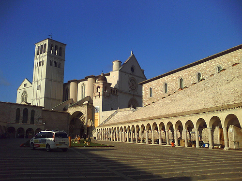 ASSISI [photo credit: HPIM0669 via photopin (license)]