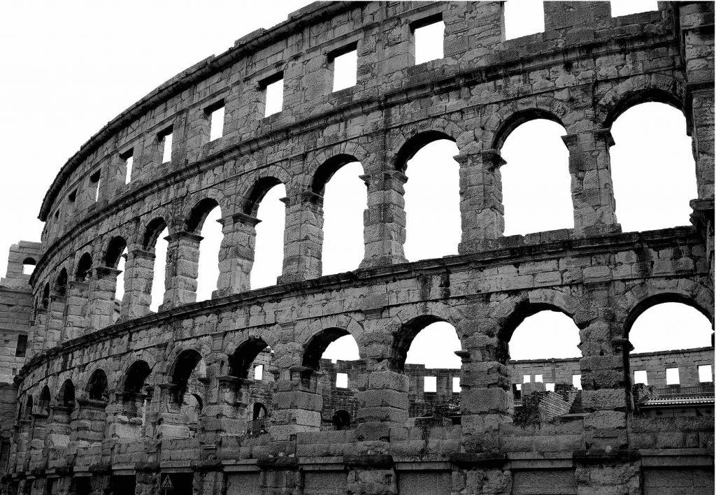 Roma, Closseo (in bianco e nero) [via pixabay, CC0 Creative Commons]