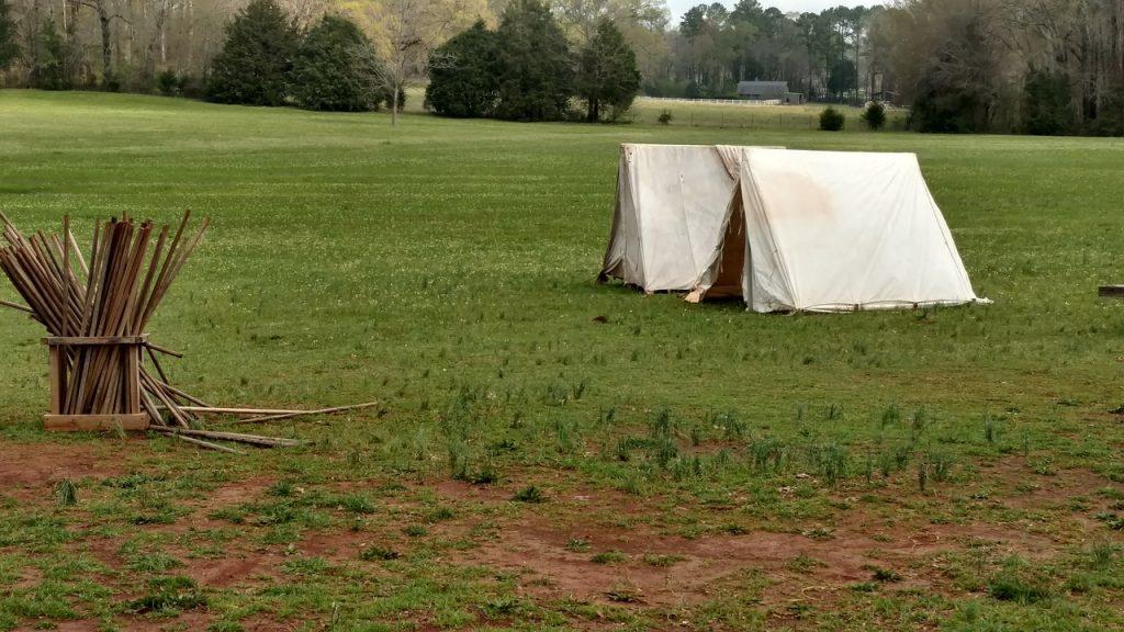 Tenda, campeggio libero, via pixabay, CC0 Creative Commons