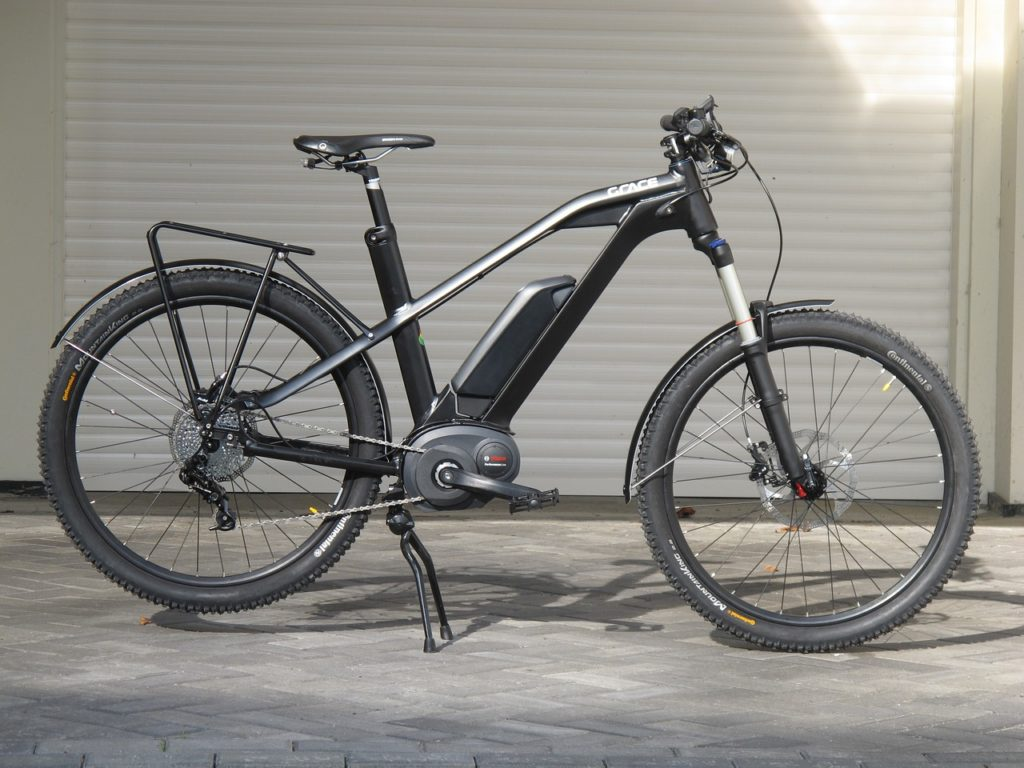 ebike [photo by firebladeguy, via pixabay, CC0 Creative Commons, Libera per usi commerciali , Attribuzione non richiesta]